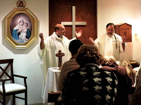 Misa despedida del P.Pablo Pol y de bienvenida al P. Tommy Nin